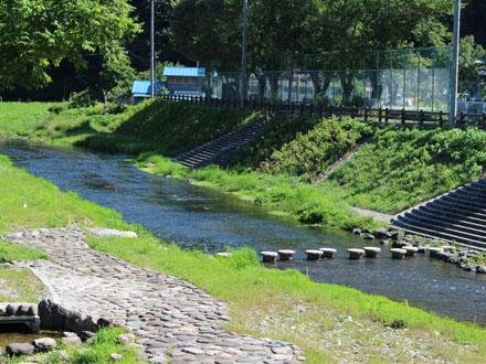 陣川橋水辺公園